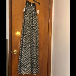 Soho Apparel! Maxi Dress is in good condition